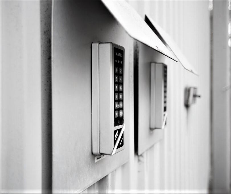 Valby & Vesterbro låse, installerer ADK og låse med nøgle