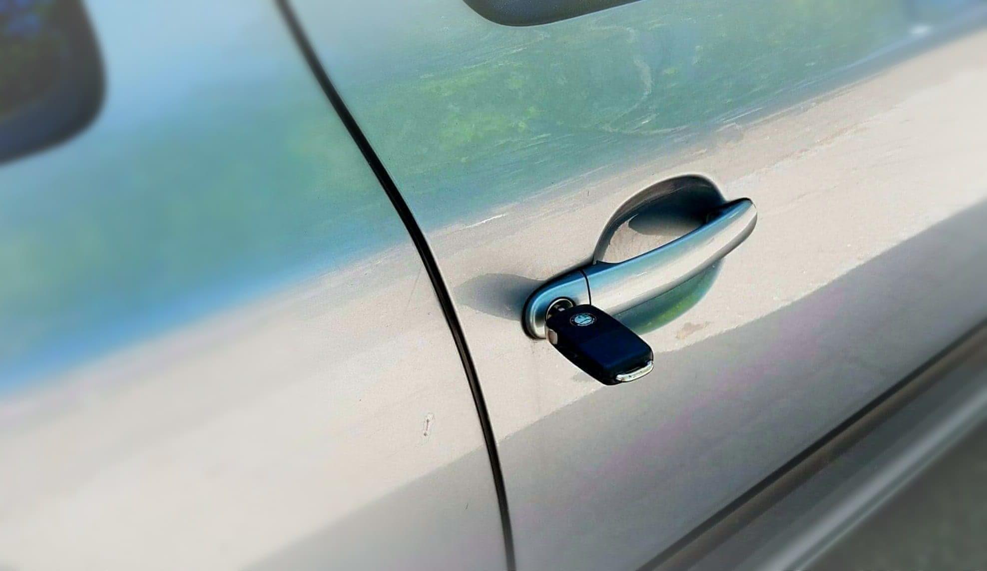 Biloplukning billig autolåsesmed Kbh V