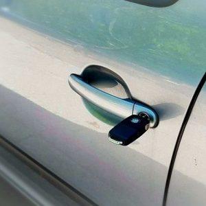 Låsesmed Amager lukker også biler op..