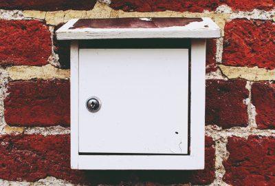 Billig låsesmed postkasselås.